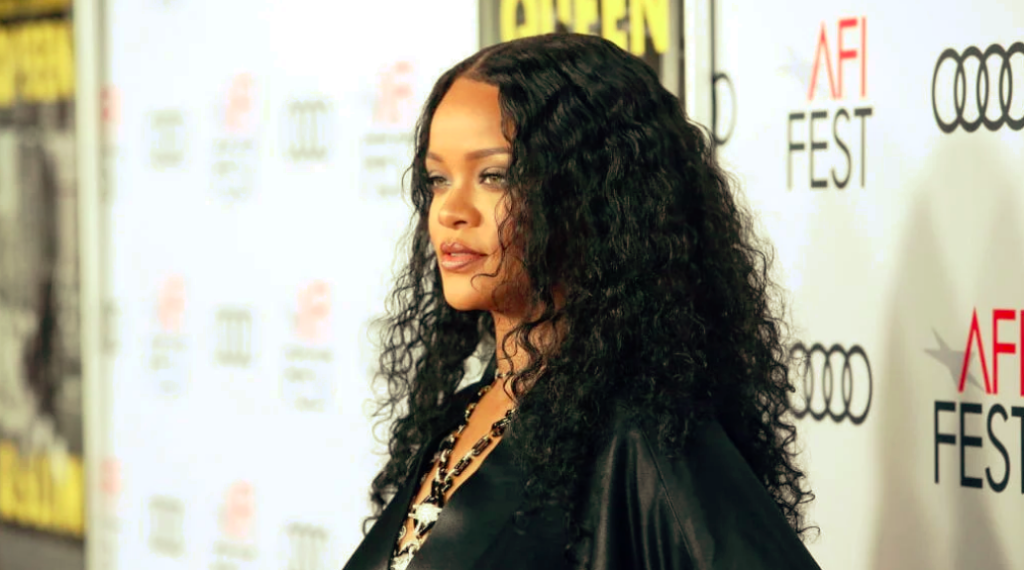 Rihanna, Jack Dorsey Donate $4.2 Million to Quarantined Domestic Abuse Survivors 1